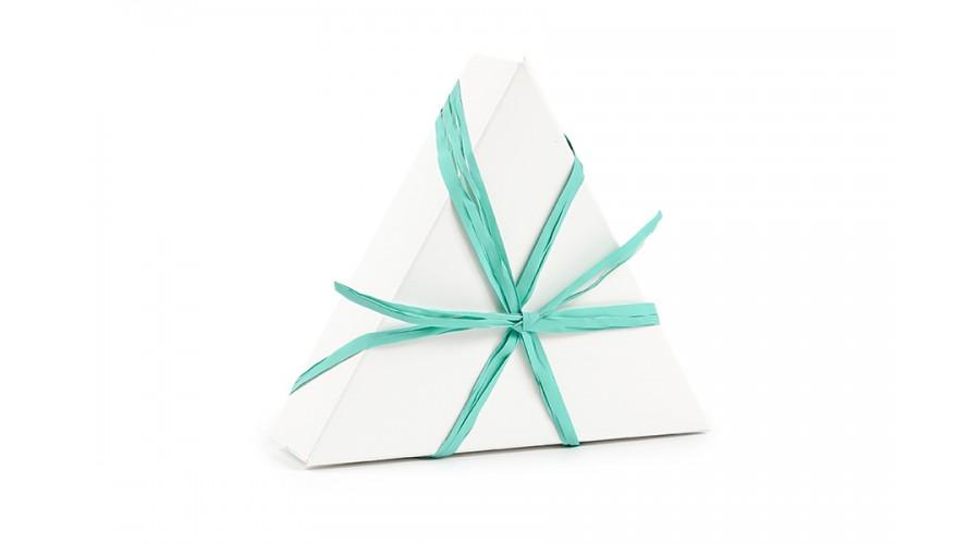 М'ятна рафия для оформлення подарунків