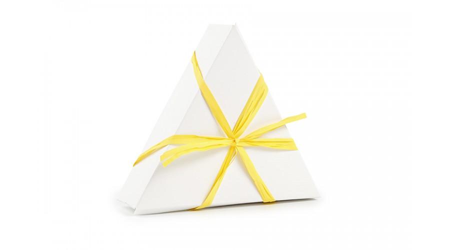 Жовта рафия для оформлення подарунків
