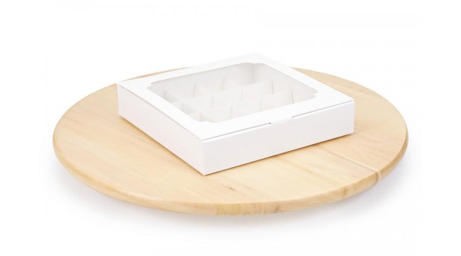 Коробка на 16 цукерок з віконцем, білого кольору, 185х185х35