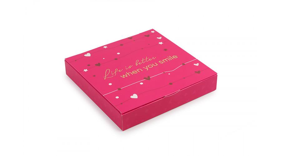 Коробка під цукерки, 16, 185*185*30, з тисненням, колір малиновий(50 штук)