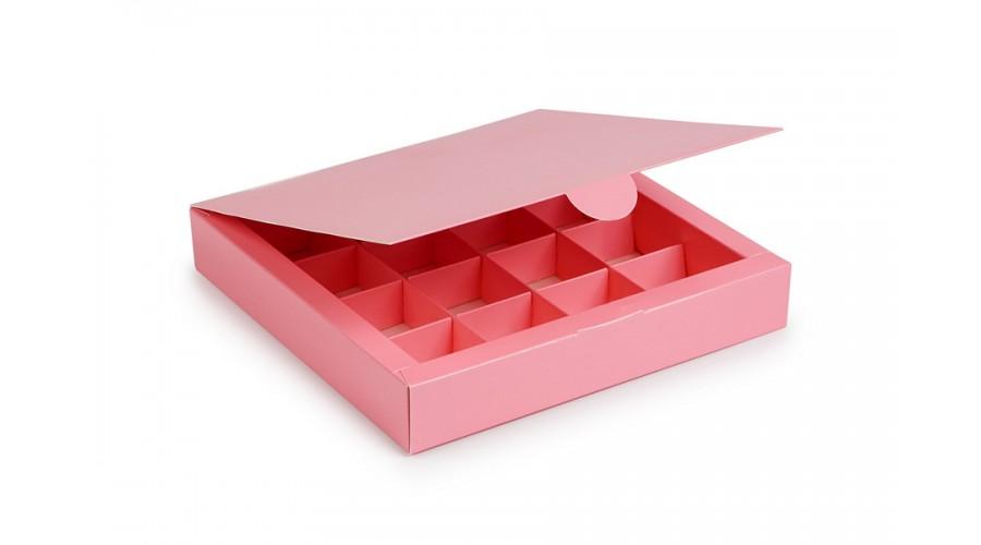 Коробка на 16 цукерок з картону, рожевого кольору. 185х185х30